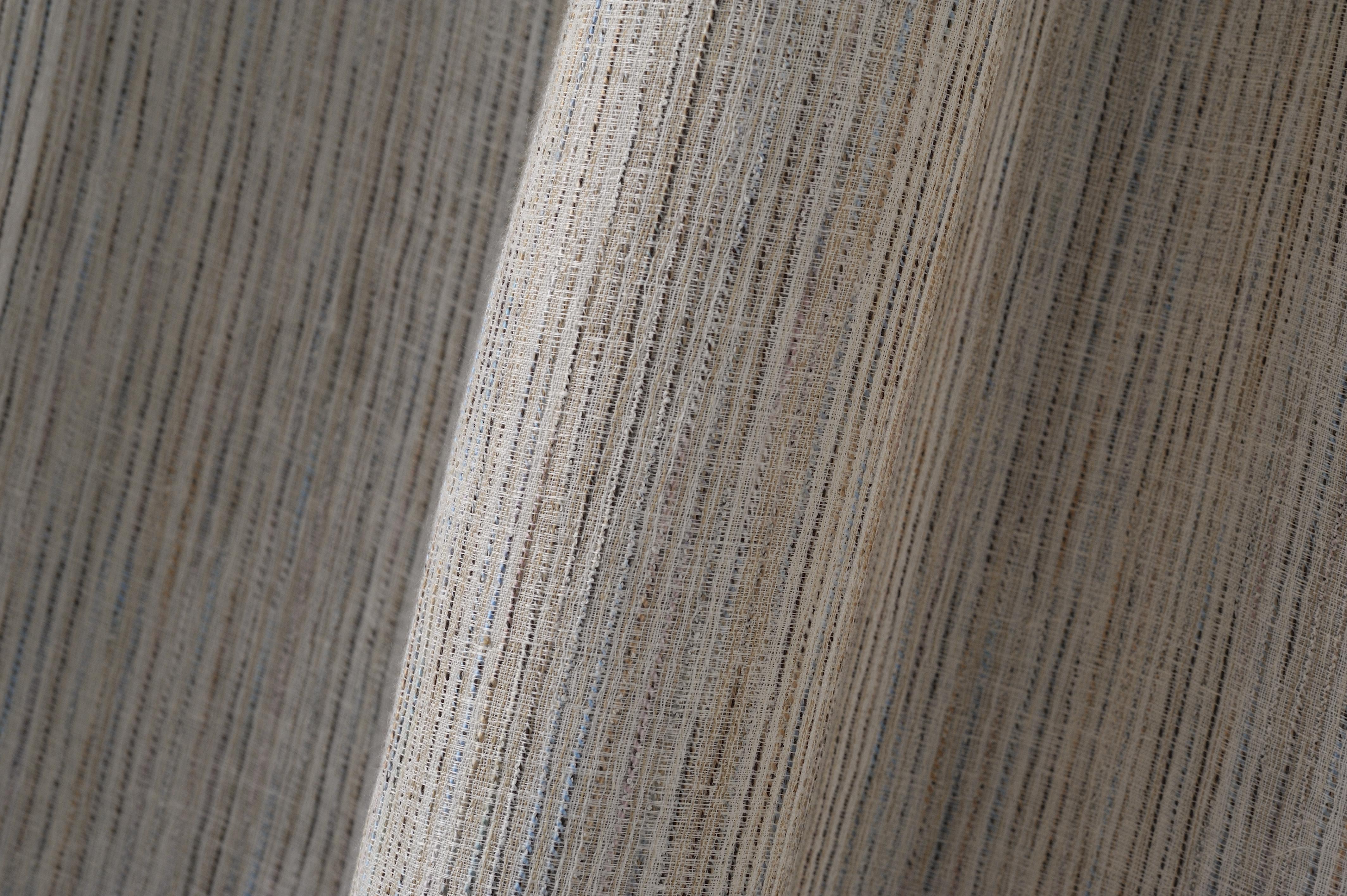 Tenda Well di Agena: misto lino millerighe con filati multicolor a contrasto